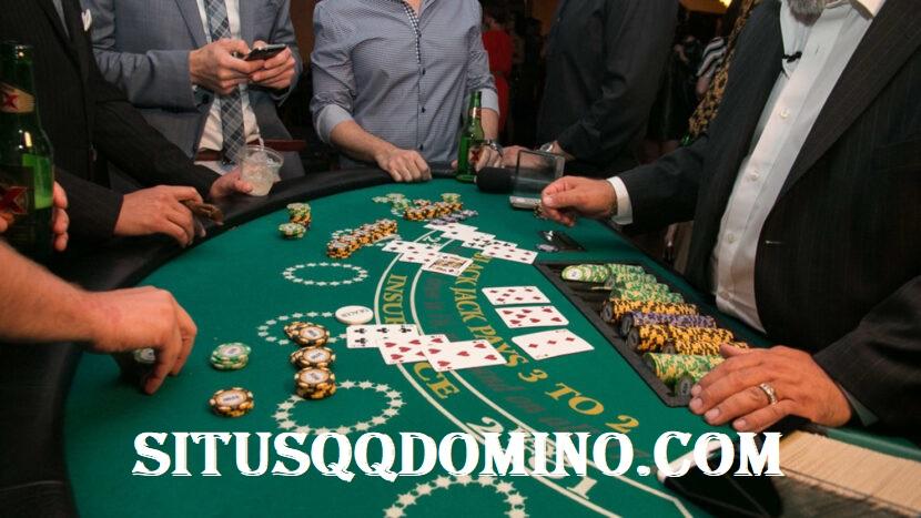 Mendapatkan Uang Dengan Menang Main Permainan Judi Domino QQ Online